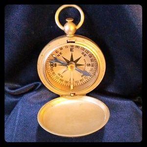 WWII US ARMY Wittnaur Pocket Magnetc Compass Works